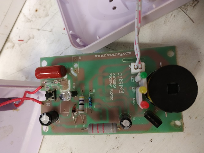 Rágcsálóriasztó áramköre