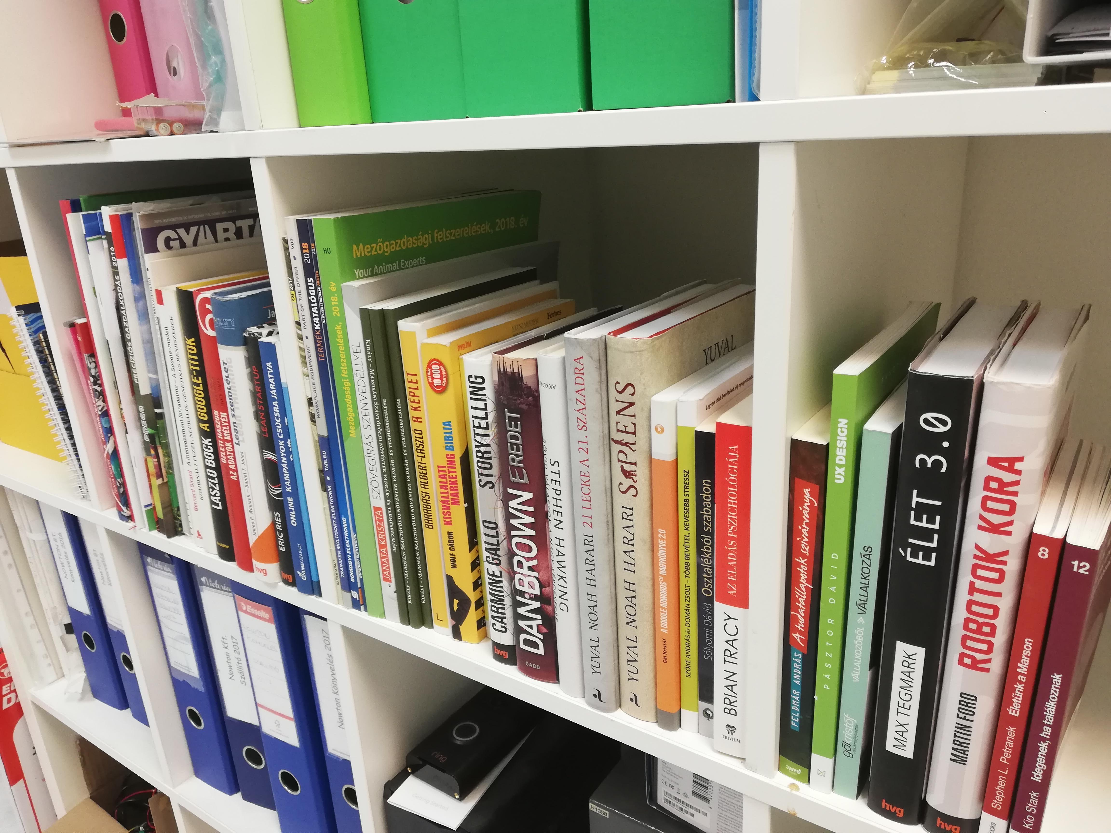 A céges könyvtár